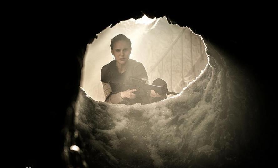 《湮灭》影评:文艺科幻片留终极悬念 《湮灭》的却是人性扭曲
